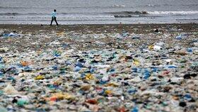 Smetiště místo pláže