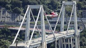 Pád Morandiho mostu je podle odborníků jen začátek, v ohrožení jsou miliony staveb.