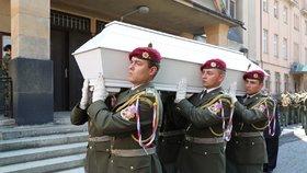 Poslední rozloučení s vojákem Patrikem Štěpánkem
