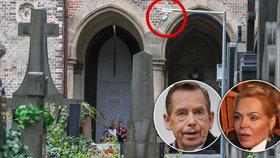 Hrob Václava Havla (†75) hlídají 24 hodin denně! Ví o tom vdova Dagmar?