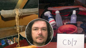 David Challenor (50) u sebe na půdě znásilňoval a brutálně zneužíval desetiletou holčičku, kterou mučil elektrickými šoky a znásilňoval. Sám se převlékal do dětského oblečení a vydával se za dívenku jménem Lucy.