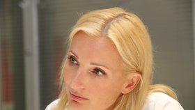 Petra Paroubková s uplakanou dcerou (8): Skončily v noci v pyžamu na ulici!
