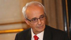 V čele Národního divadla i nadále zůstává Jan Burian.