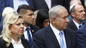 Izraelský premiér Benjamin Netanjahu s manželkou Sárou.