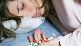 Antidepresiva nezabírají až u 30 procent pacientů, kteří trpí klinickou depresí. Vědci věří, že to má co do činění s tvarem jejich neuronů (ilustrační foto)