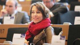Martina Dlabajová při práci v Evropském parlamentu
