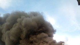 Mohutný požár zachvátil v pondělí 10. září sklad pohonných hmot v Loukově na Kroměřížsku.