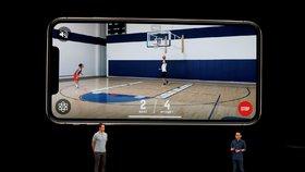 Apple představil nový iPhone XS.