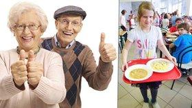 Školní jídelny vařením pro seniory znevýhodňují restaurace.