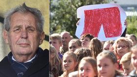 Miloš Zeman navštívil v Olomouckém kraji obec Mohelnice. A peskoval muže, který si přinesl transparent s trenýrkami (26.9.2018).