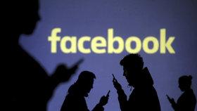 Chyba Facebooku nabídla miliony účtů hackerům. Firmě hrozí gigantická pokuta (ilustrační foto).