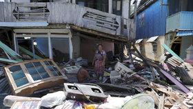 Indonésii v září 2018 zasáhla ničivá tsunami vyvolaná vulkánem Anak Krakatoa
