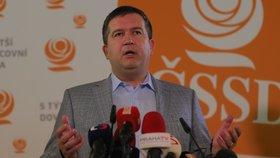 ČSSD musí podle předseda Jana Hamáčka zabrat především ve velkých městech. Výsledky voleb ale nepovažuje za velkou katastrofu.