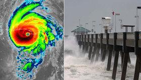 Hurikán Michael za sebou zanechal zpustošené pobřeží USA. Naštěstí už slábne