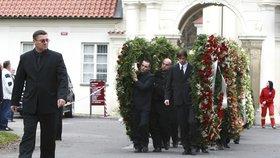 Pohřeb Václava Kočky ml. (†40).