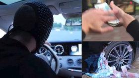 Nechutně bohatá ruská mládež se baví na Instagramu: Po lidech hází z auta peníze