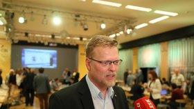 Pavel Bělobrádek se nakonec Senátorem nestal. V Náchodě ho porazil kandidát ODS a bývalý policejní prezident Martin Červíček ( 13. 10. 2018).