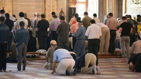 Muslimové se v turecké mešitě modlili 37 let špatným směrem (ilustrační foto).