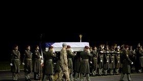 Loučení s vojákem Tomášem Procházkou, který padl v Afghánistánu. (25.10.2018)