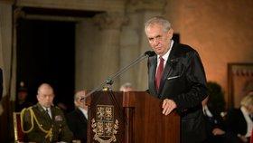 Miloš Zeman pronesl na Hradě projev a rozdal vyznamenání. (28. 10. 2018)
