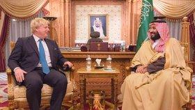 Boris Johnson se ve své roli ministra zahraničí setkal několikrát se saúdským králem Salmánem a jeho následníkem Mohamadem bin Salmánem.