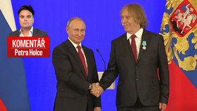 Puškinova medaile od ruského prezidenta Vladimira Putina pro českého písničkáře Jaromíra Nohavicu pohledem Petra Holce