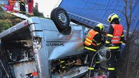 Při autonehodě u Třince vyhasly čtyři životy.