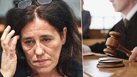 Soud vynesl pětiletý trest nad matkou za týrání dítěte.