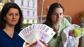 Ministryně práce Jana Maláčová z ČSSD (vlevo) také prosadila navýšení rodičovského příspěvku o 80 tisíc korun.