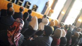 Německý ministr vnitra Horst Seehofer se setkal se zástupci německých muslimů.