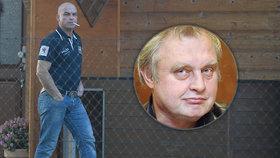 Policie obvinila V. Huňka, kvůli němuž zatkla Ransdorfa.