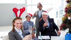 Jak přežít vánoční večírek ve zdraví? (Ilustrační foto)
