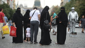 Muslimové pohybující se v Praze