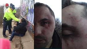 Pavlovi drsně nafackoval policista. Co se ale stalo předtím, než bylo video natočeno?