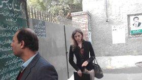 Tereza u soudu v Pákistánu: Právník jí domluvil tajnou večerní schůzku.