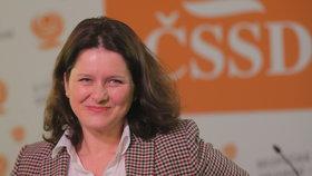 Ministryně práce Jana Maláčová (ČSSD) by chtěla na pondělní koaliční radě s hnutím ANO dospět k dohodě o zvýšení důchodů a o zvýšení rodičovského příspěvku od příštího roku.
