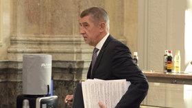 Andrej Babiš (ANO) na posledním jednání vlády v roce 2018, kde se řešil střet zájmů a problém dotací pro Agrofert (17. prosince)