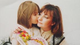 Srdce z lásky - dcera Kateřina věnovala své matce před lety perníkové srdce z lásky.