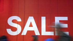 V Česku se po Vánocích opět roztočil kolotoč slev a výprodejů