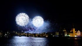 Novoroční ohňostroj v Praze (1. 1. 2019)