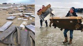 Nejméně 270 kontejnerů s nákladem začal příboj odnášet k plážím ostrovů na severu Nizozemska.