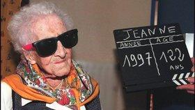Jeanne Calmentová, dosud nejstarší uznávaná žena historie, možná lhala o svém věku. Pravdu zjistí exhumace jejího těla.