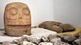 Archeologové v Mexiku objevili první chrám zasvěcený Xipe Totekovi, bohu plodnosti (3. 1. 2019)