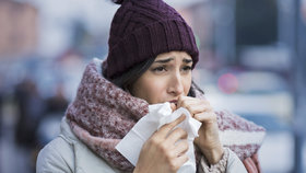 Potraviny, které zhoršují virózu: Tyhle raději během nemoci vynechte!