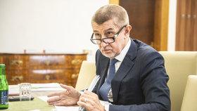 Andrej Babiš (ANO) dlouhodobě odmítá, že by s StB vědomě spolupracoval