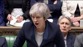 Britská premiérka Theresa Mayová před hlasováním o brexitu (15. 1. 2019)