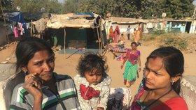 Chudoba v Indii a život ve slumech: Holčičce je rok, naznačovala redaktorovi Blesk Zpráv maminka.