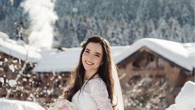 Leden 2019 Mladší syn exprezidenta řekl své »ano« v rakouských horách pohledné brunetce Lucii.
