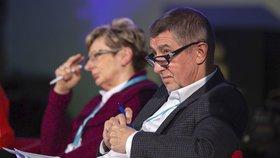 Ideová konference ANO v Ostravě: Andrej Babiš a ministryně průmyslu a obchodu Marta Nováková (26.1.2016)