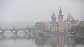 Pražany trápí smog hlavně v zimě. Nejhorší situace byla v roce 2015 a v roce 2017